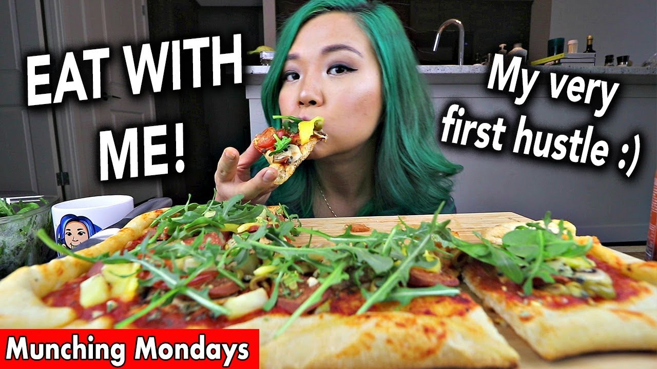 VEGAN PIZZA MUKBANG // Munching Mondays Ep.10